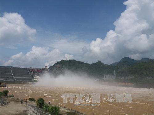 Chủ động ứng phó, hạn chế thiệt hại do xả lũ và tích nước các hồ chứa