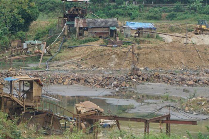 """Nghệ An: Gian nan chống """"quặng tặc"""" ở thủ phủ khoáng sản"""