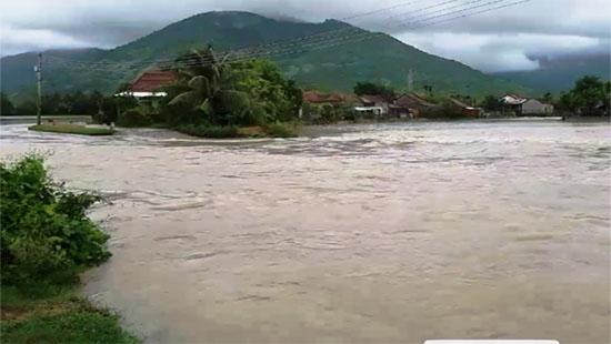 Bão số 12 tăng cấp, áp sát bờ biển Khánh Hòa – Ninh Thuận