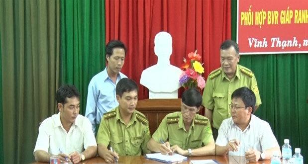 Bình Định: Ký kết quy chế bảo vệ rừng giáp ranh