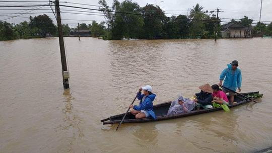 Thừa Thiên – Huế: Lũ chưa rút đã lo lũ mới