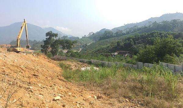 Công trình thủy điện lấn chiếm đất sản xuất của người dân