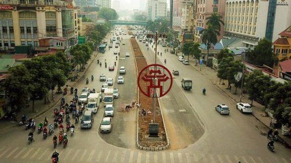 Xén xong dải phân cách mở rộng đường đẹp nhất Việt Nam