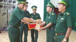 BĐBP Cà Mau được tặng Bằng khen về thành tích chống buôn bán động vật hoang dã trái phép