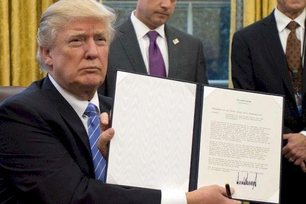 Ông Donald Trump bất ngờ muốn Mỹ quay lại TPP