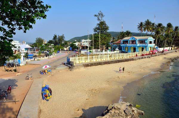 Nhức nhối những công trình đánh cắp bờ biển của cộng đồng
