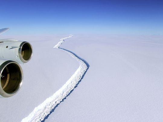 Nam Phi sẽ kéo núi băng từ Nam Cực về chống hạn hán kiểu gì?