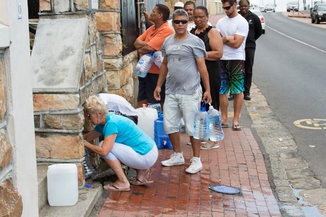 """Nam Phi: Các nhà máy khử mặn giải tỏa """"cơn khát"""" của Cape Town"""