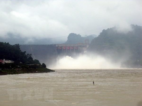 Công điện số 32 về ứng phó với tác động của tăng cường xả lũ hồ chứa