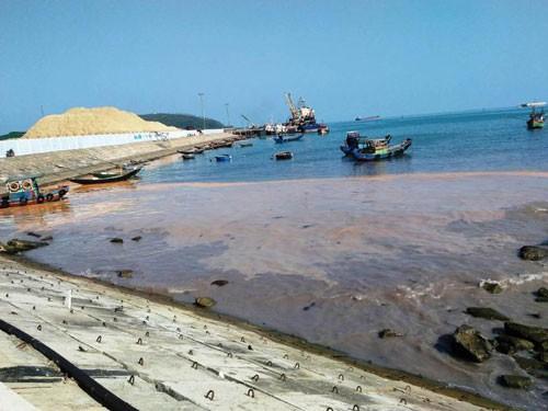 Chưa cấp phép nhấn 2,5 triệu m3 chất thải xuống biển