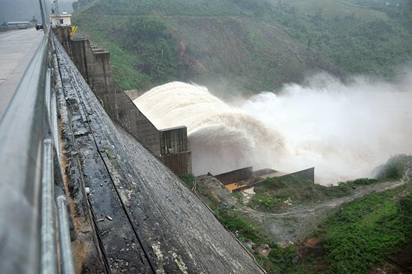 Quảng Nam với nỗi lo vỡ đập thủy điện