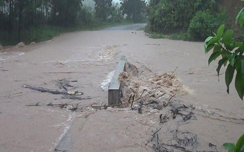 Bão số 4 gây mưa, xuất hiện lũ nhỏ ở các huyện miền núi Quảng Ninh