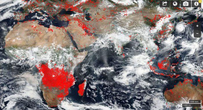 Ảnh vệ tinh của NASA cảnh báo thực trạng khủng khiếp trên trái đất