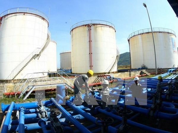 Lượng nhập khẩu xăng dầu của Việt Nam tăng mạnh trong 8 tháng