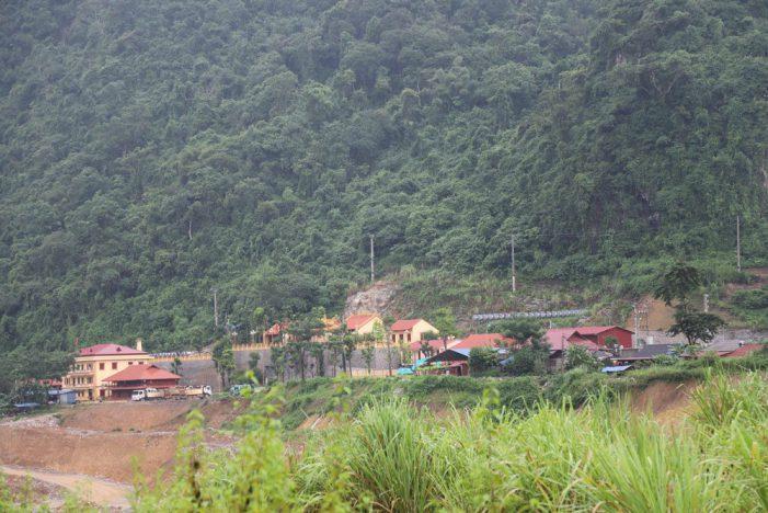 Vụ phá rừng xây chùa: Phó chủ tịch tỉnh yêu cầu điều bất ngờ