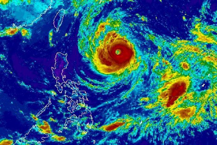 Dự báo thời tiết 25.9: Xuất hiện siêu bão Trami gần Biển Đông, cả nước vẫn duy trì nắng nóng có nơi lên đến 35 độ