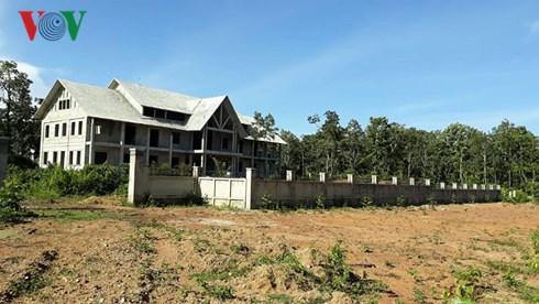 Trung tâm Bảo tồn voi Đắk Lắk xây trụ sở trái phép trên đất rừng