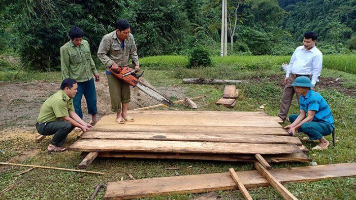 Cải thiện đời sống người dân vùng rừng đặc dụng