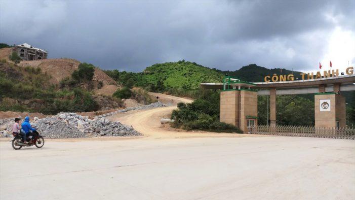 """Vụ bạt núi xây biệt thự """"khủng"""" ở Thanh Hóa: Lãnh đạo xã khẳng định chưa từng phát ngôn """"vùng sâu xây nhà không cần xin phép"""""""