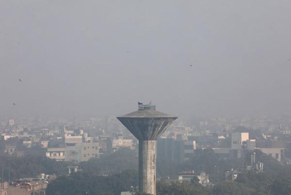 Ấn Độ: Nhiệt độ giảm, chất lượng không khí xấu hơn ở thủ đô New Delhi