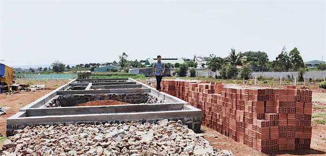 """Quy hoạch đất đai ở Pleiku đang bị phá nát như thế nào?: Khu dân cư """"ảo"""""""