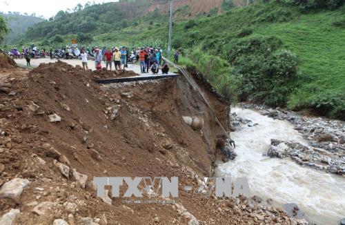 Sạt, lở đất ở Việt Nam – Bài cuối: Cần phối hợp chặt chẽ với các cơ quan, đơn vị cảnh báo, dự báo thiên tai