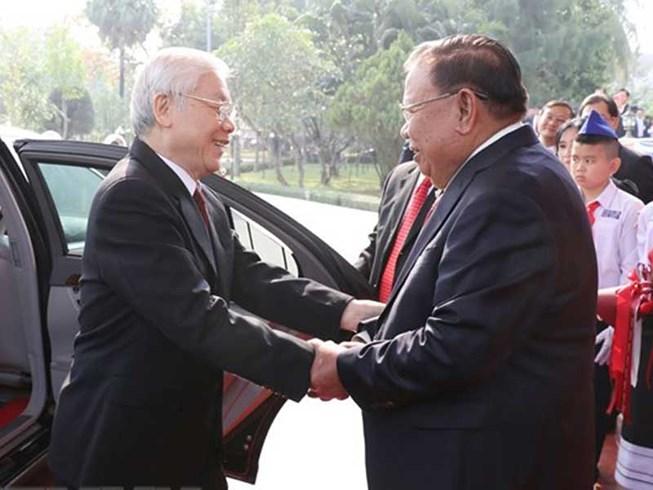 Việt Nam, Lào hội đàm cấp cao, ký kết 9 văn kiện hợp tác