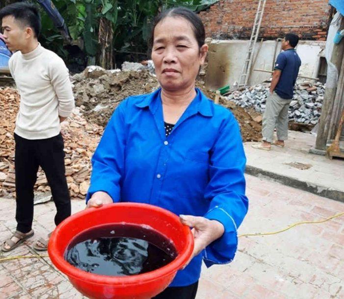 Mất nguồn nước ngầm, dân khó khăn