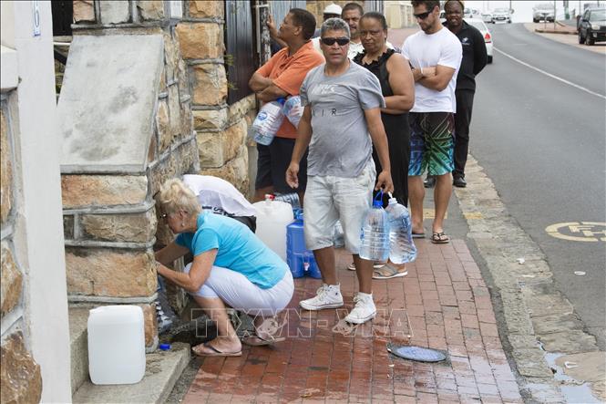 Quyền bình đẳng tiếp cận nước