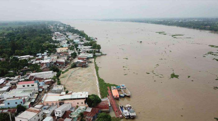 Chuyển đổi sinh kế, ứng phó biến đổi khí hậu ở thượng nguồn sông Mê Kông