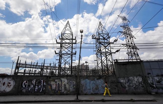 Venezuela có thể phải mất một năm mới khôi phục được lưới điện