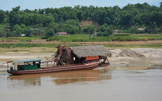 Yên Bái chấn chỉnh hoạt động khai thác cát sỏi không phép