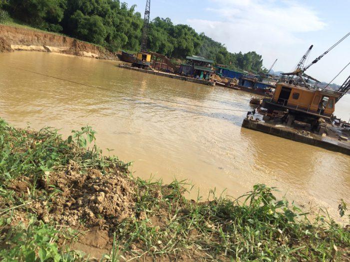 Vĩnh Phúc: Tạm dừng khai thác cát sỏi trên các dòng sông