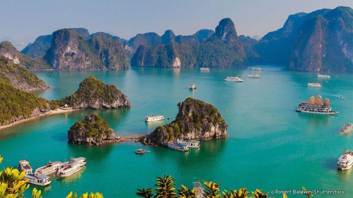 Vịnh Hạ Long trong nhóm 25 kỳ quan thiên nhiên đẹp nhất thế giới