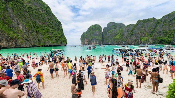 Mặt trái của du lịch: Liệu Đông Nam Á có thể cứu vãn các kho báu tự nhiên?