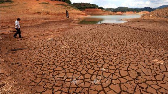 Hồ thủy điện Hàm Thuận sắp về mực nước chết
