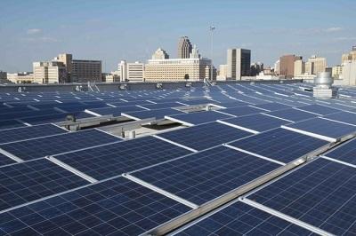 Chi phí năng lượng tái tạo giảm kỷ lục