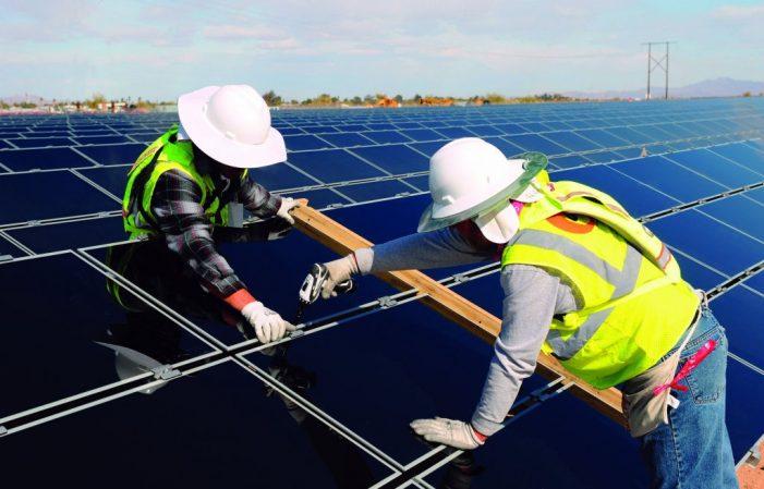 Vai trò của Trung Quốc trong sản xuất pin mặt trời