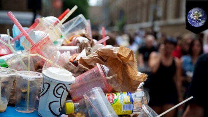 Singapore quyết giảm rác thải nhựa gây ô nhiễm