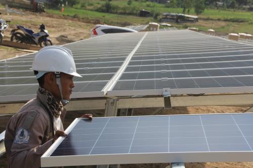 Sẽ vận hành hơn 30 nhà máy điện mặt trời trong tháng 6