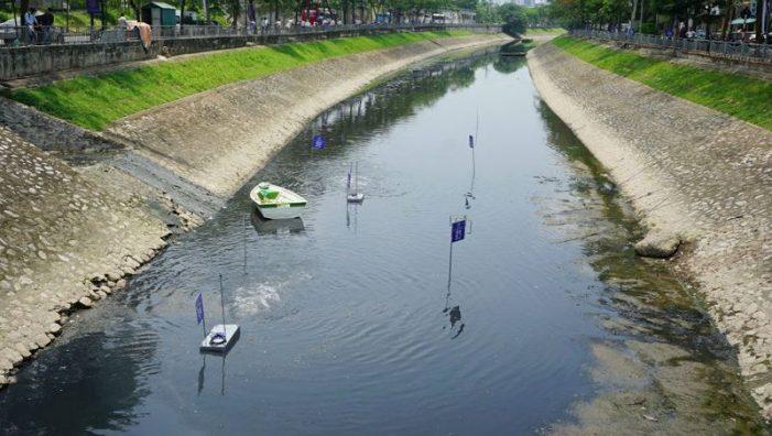 Thí điểm xử lý ô nhiễm nước sông Tô Lịch: Tại sao vẫn còn hoài nghi?