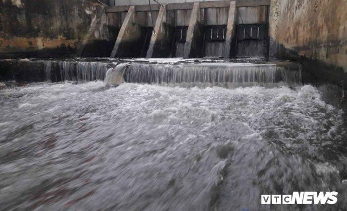 Chủ tịch Đà Nẵng: Xử nghiêm hàng trăm nhà hàng khách sạn không xử lý nước thải