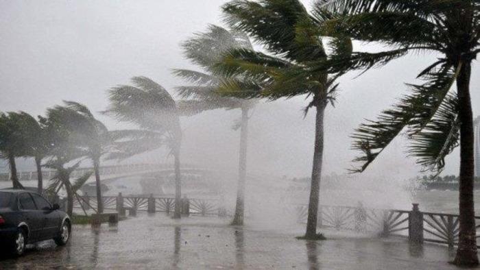 Áp thấp mạnh thành bão, Bộ GTVT ra công điện khẩn