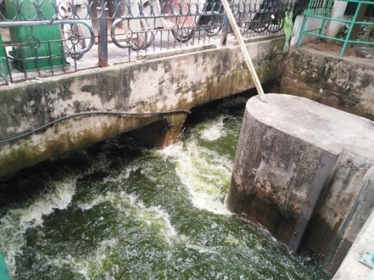 Xả hơn 1 triệu mét khối nước hồ Tây giải cứu sông Tô Lịch