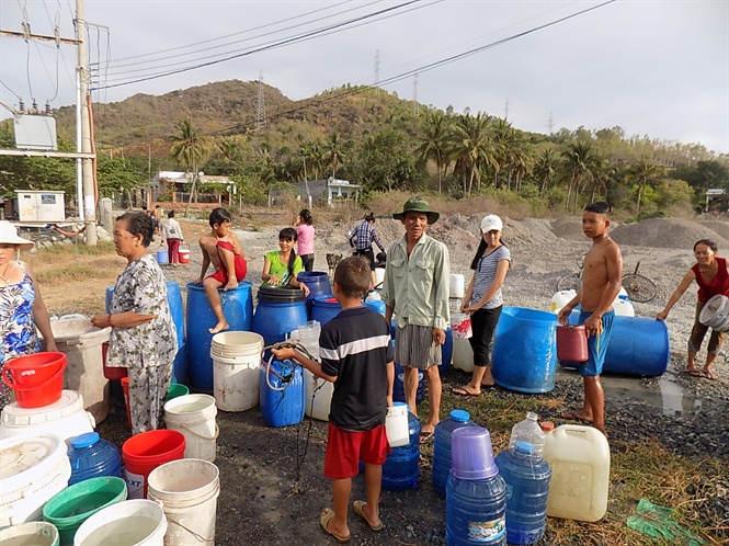 Nước và sự dẫn dắt cho phát triển