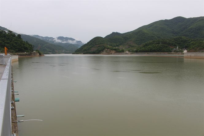 Đập thủy điện gây ra khủng hoảng nước sông Mê Công