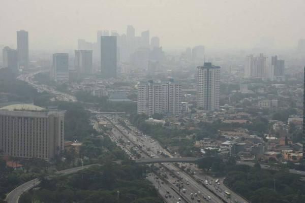 Thủ đô của Indonesia hạn chế ô tô tư nhân để giảm ô nhiễm