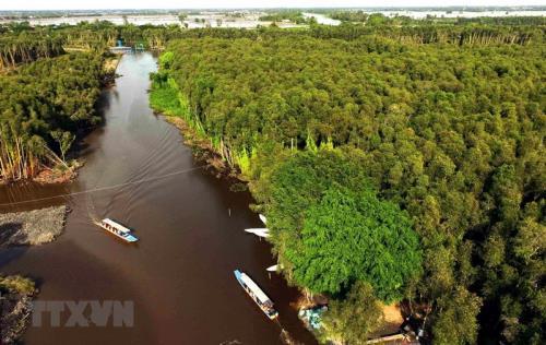Xây dựng dữ liệu tài nguyên nước để lập quy hoạch Đồng bằng sông Cửu Long